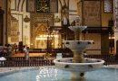 Dünya'da maneviyatta 5. denilen Bursa Ulucami'yi ziyaret edin.